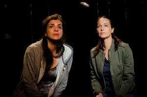 Vasiliki Georgikopoulou and Krisztina Goztola_DU SEXE DE LA FEMME COMME CHAMPS DE BATAILLE, Avignon 2015